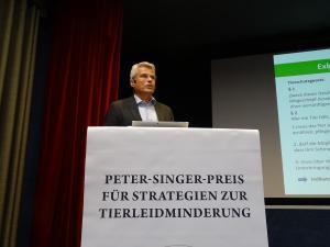 Dr. Michael Marahrens, Vorsitz AK Tiertransport, Tierärztliche Vereinigung für Tierschutz e.V.: